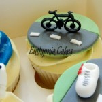 Triathlon cupcakes bicycle