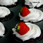 dairy and gluten free cupcakes frosting vanilla strawberry