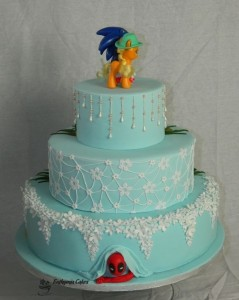Bespoke Wedding Cakes Vintage and Sonic the Hedgehog wedding cake