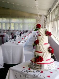 Chicheley Hall Supplier Wedding Showcase 22nd April 2018 Red and white wedding cake Collingtree Golf Club