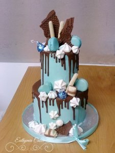 Rectory Farm Marquee Wedding Fair 25th March 2018 Baby shower wedding cake drip cake