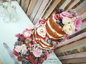 Semi naked Wedding cakes with fresh flowers and berries, dusted to perfection, lisianthus, Quinton House in Upton, Milton Keynes, Northampton, Bedford, Oxford Best cakes