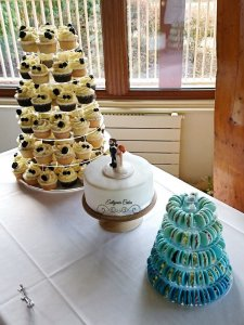 Vegan Wedding Cake with cupcakes and French macarons London, Woburn Abbey, Milton Keynes, Northampton