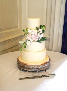 Luxury Wedding Cakes Milton Keynes London Bedford